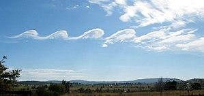 Kelvin–Helmholtz instability - Image: Wavecloudsduval