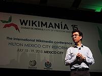 Wikimanía 2015 - Day 4 - Luis von Ahn conference - LMM (15).jpg