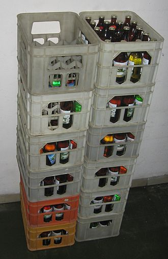Crate - Reusable mineral water bottles in crates