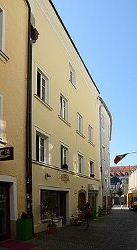 Wohn- und Geschäftshaus Rosengasse 5 (Passau) b.jpg