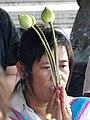 Woman Worshipper - Wat Pho - Bangkok - Thailand (11706745614).jpg