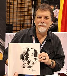 WonderCon 2015 - Steve Epting and Captain America drawing (17048155612).jpg