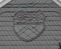 Wuppertal, Bahnstr. 2, Wappen von Vohwinkel, in Schiefer.jpg
