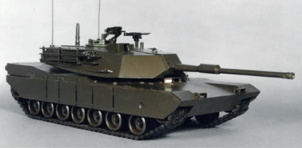 XM1 Chrysler prototype oblique right.png