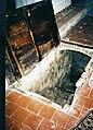 Église Chaillevois - crypte 1.jpg