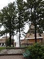 Église presbytère statue Kedgwick.jpg