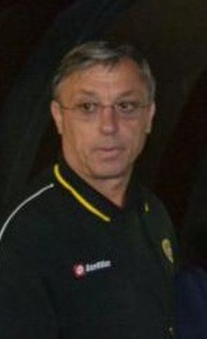 Zlatko Kranjčar - Kranjčar in a pre-season with Sepahan in Kish Island
