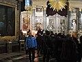 Очередь к Иконе Казанской Божьей Матери.jpg