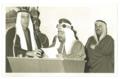 إبراهيم كانو مع الشيخ عيسى بن سلمان، الشيخ خليفة بن سلمان و الشيخ عيسى بن راشد.png