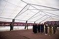 اهداء پرچم حرم علی بن موسی الرضا به هیئت ها یا موکب های مستقر در شهر مهران در ایام پیاده روی اربعین 14.jpg