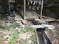 土砂に埋まった大滝神社3.jpg
