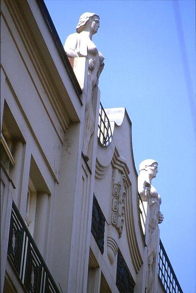 File:175L36000588 Stadt, Singerstrasse, Fassaden, Jugendstilfiguren.jpg