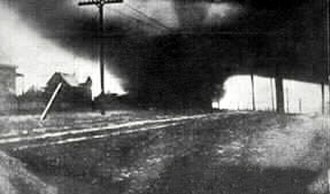 March 1913 tornado outbreak sequence - Photo of the 1913 Omaha tornado, the deadliest of the outbreak