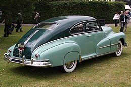 1948 Pontiac Streamliner Deluxe - Flickr - exfordy (1).jpg