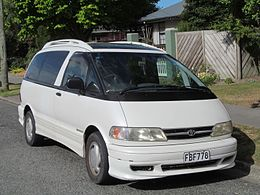 1999 Toyota Estima Supercharger (widebody; Japan).JPG