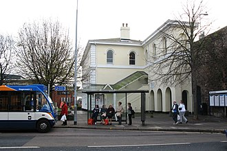 Exeter St Thomas railway station - Image: 2007 at Exeter St Thomas bus stop outside the station