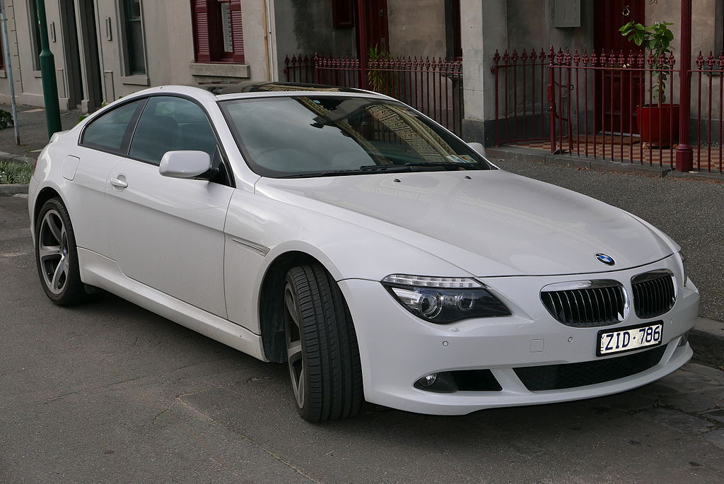 2008 BMW 650i (E63 MY08) coupe (2015-07-16) 01