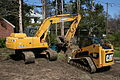 2009-03-20 Cat and Deere together.jpg