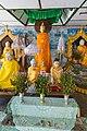 2016 Rangun, Pagoda Botahtaung (58).jpg