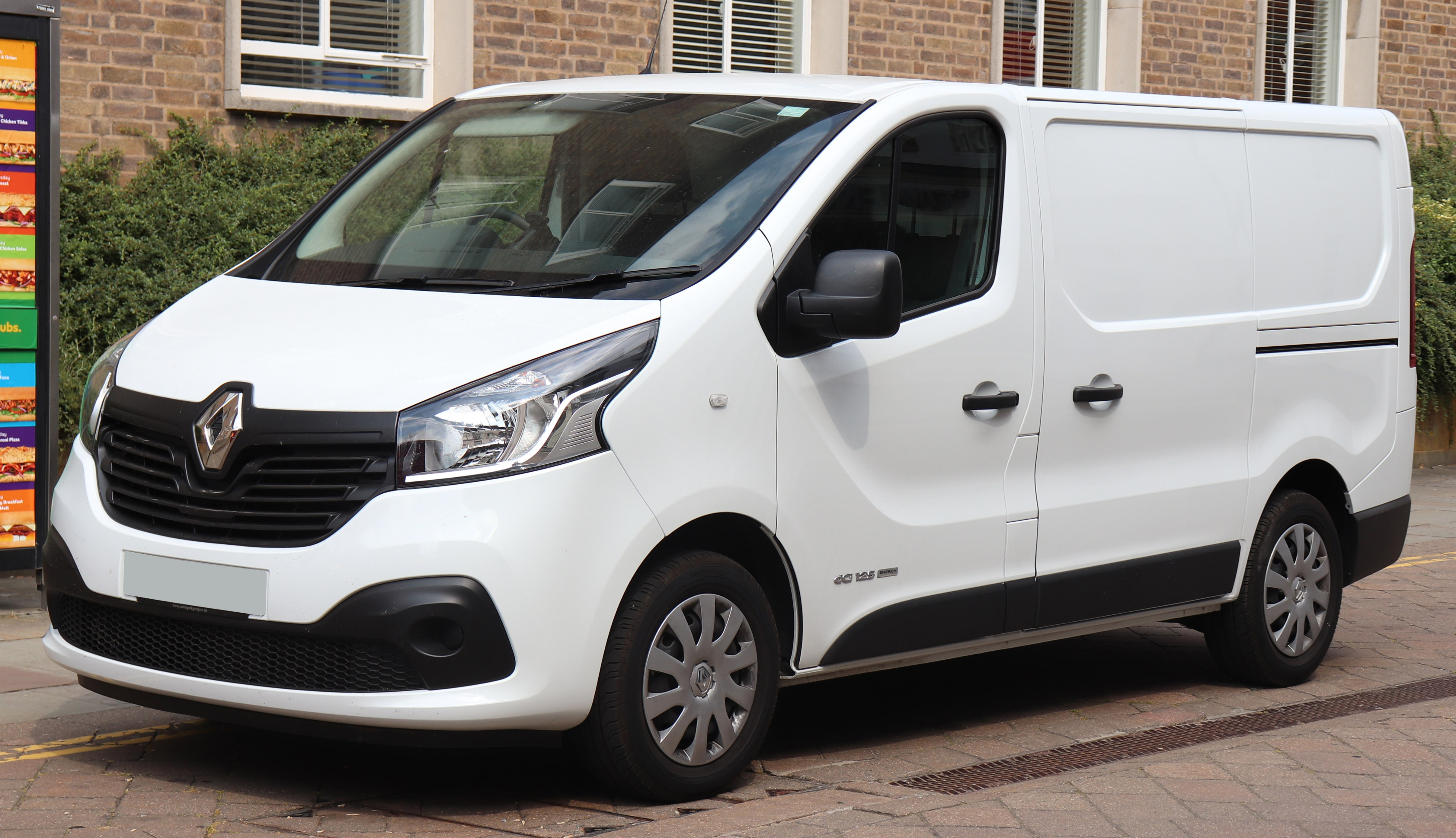 Renault Trafic - The complete information and online sale