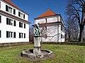 20190321110DR Dresden-Friedrichstadt Schweinetreiberbrunnen Messering.jpg