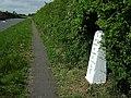 40 miles from London milestone at Littlebury, Essex - geograph.org.uk - 83487.jpg
