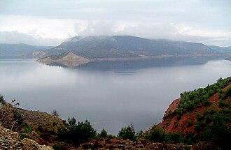 Çal - Image: Adiguzel Dam Reservoir Usak Denizli Turkey