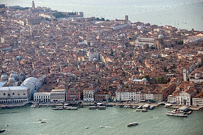 Aerial photographs of Venice 2013, Anton Nossik, 016.jpg