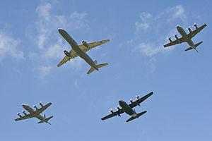"Air Force ""Formation Thunder"" - Flickr - NZ Defence Force.jpg"