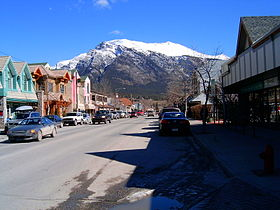 Albert Mainstreet Canmore looking east HPIM4263.JPG