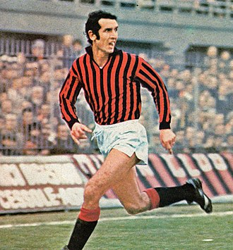 Alberto Bigon - Bigon in action with A.C. Milan at the San Siro Stadium during the 1974–75 season.