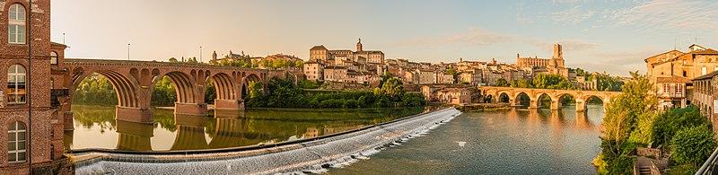 Fichier:Albi panorama morning Wikimedia Commons.jpg