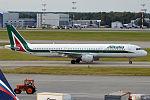 Alitalia, I-BIXS, Airbus A321-112 (21290562111).jpg
