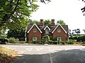 Almshouses in Loddon Road - geograph.org.uk - 1492706.jpg