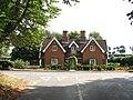 Almshouses in Loddon Road - geograph.org.uk - 1492706.jpg