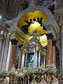 Altar de la Virgen de San Juan de los Lagos 01.jpg