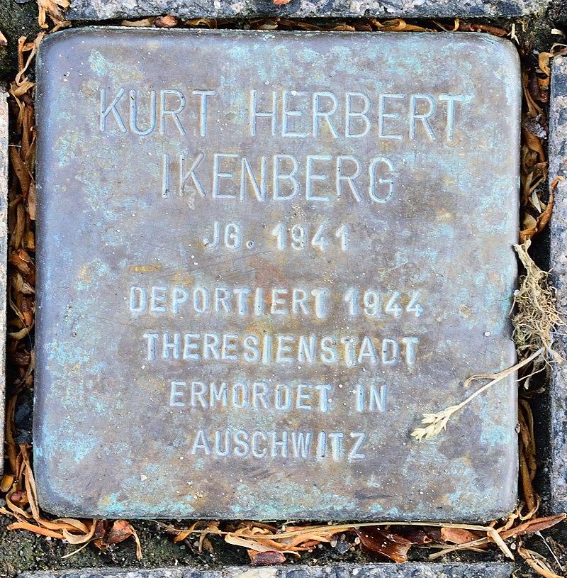 Altenbeken - 2016-05-29 - Stolperstein Kurt Herbert Ikenberg.jpg