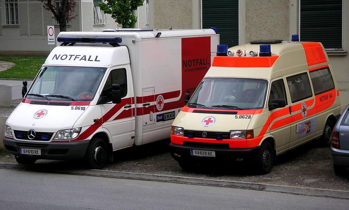 ambulance - Wiktionary