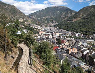 Andorra la Vella - Andorra la Vella, footpath
