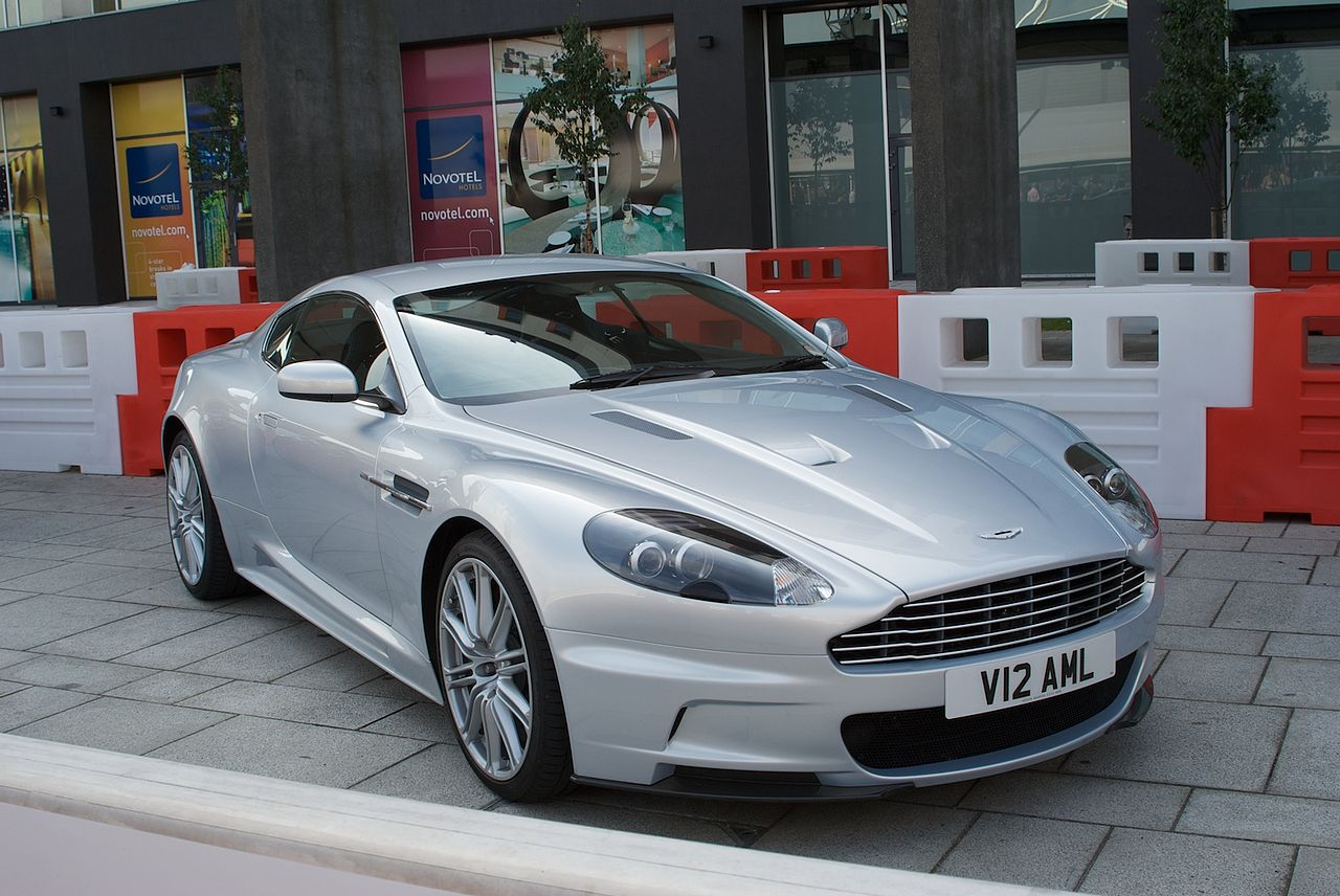 1280px-Aston_-_Flickr_-_p_a_h_%281%29.jp