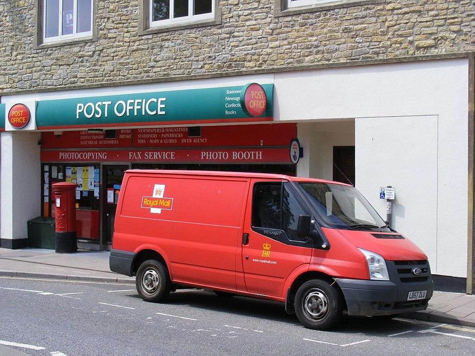 Axminster Post office, Axminster, Devon June 2011 - Flickr - sludgegulper