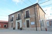 Ayuntamiento de Tapioles 02.jpg
