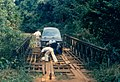 Bailey bridge on road ubundu kisangani 1989.jpg