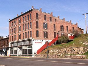 National Register of Historic Places listings in Klamath County, Oregon - Image: Baldwin hotel Klamath Falls