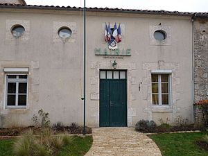 Barro, Charente - Town hall