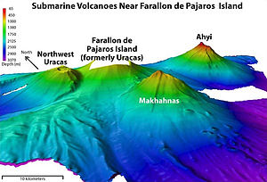 Farallon de Pajaros - Bathymetry around Farallón de Pájaros