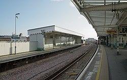 Battersea Park railway station MMB 34.jpg