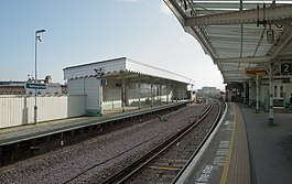 Battersea Park railway station MMB 34.jpg