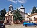 "Biserica ""Sf. Nicolae"" - Vechi, vedere în lateral, Focșani.jpg"