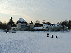 Blutenburg Muich in the Snow 02-2005.jpg
